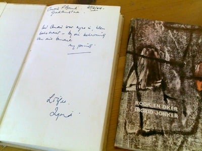 Second edition of Rook en oker dedicated to André, with first edition next to it