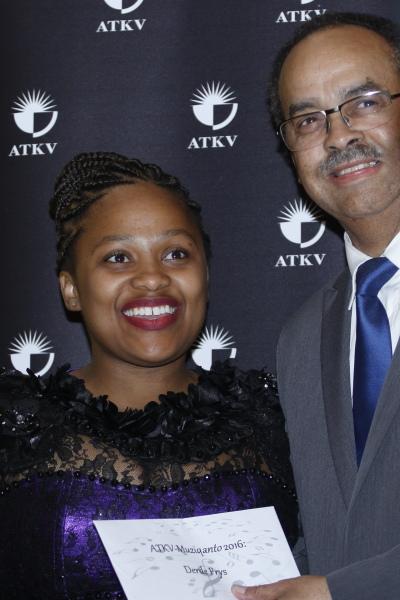 S'Bongile Mntambo en dr. Danny Titus