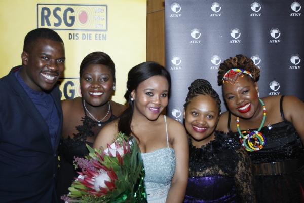 Die finaliste: Chuma Sijeqa (Bariton), Cecilia Rangwanasha (Sopraan), Palesa Malieloa (Sopraan), Cecilia Rangwanasha (sopraan) en Fikile Mthetwa (Mezzo-Sopraan).