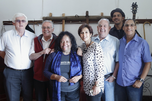 Evelyn, Christo van Rensburg, Diana Ferrus, Anzil Kulsen, Hans du Plessis, Frazer Barry en Willem Fransman