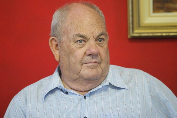 Prof. Hans du Plessis