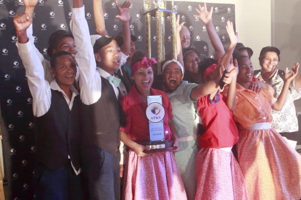 Die Junior ATKV-Rieldanskampioene: Die Betjies van Betjiesfontein